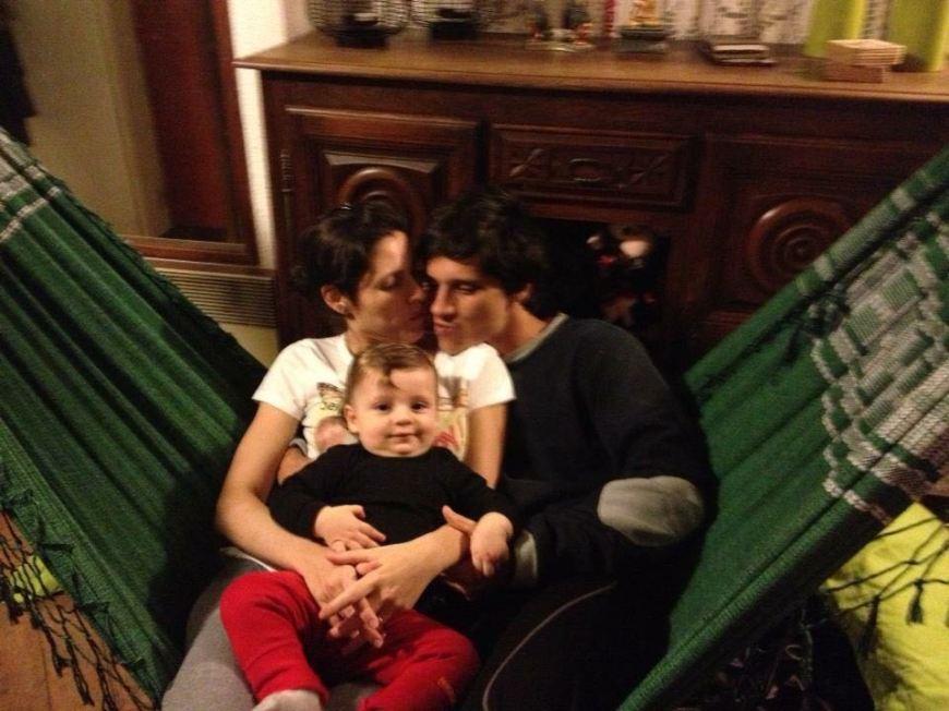 Família no estúdio em Paris